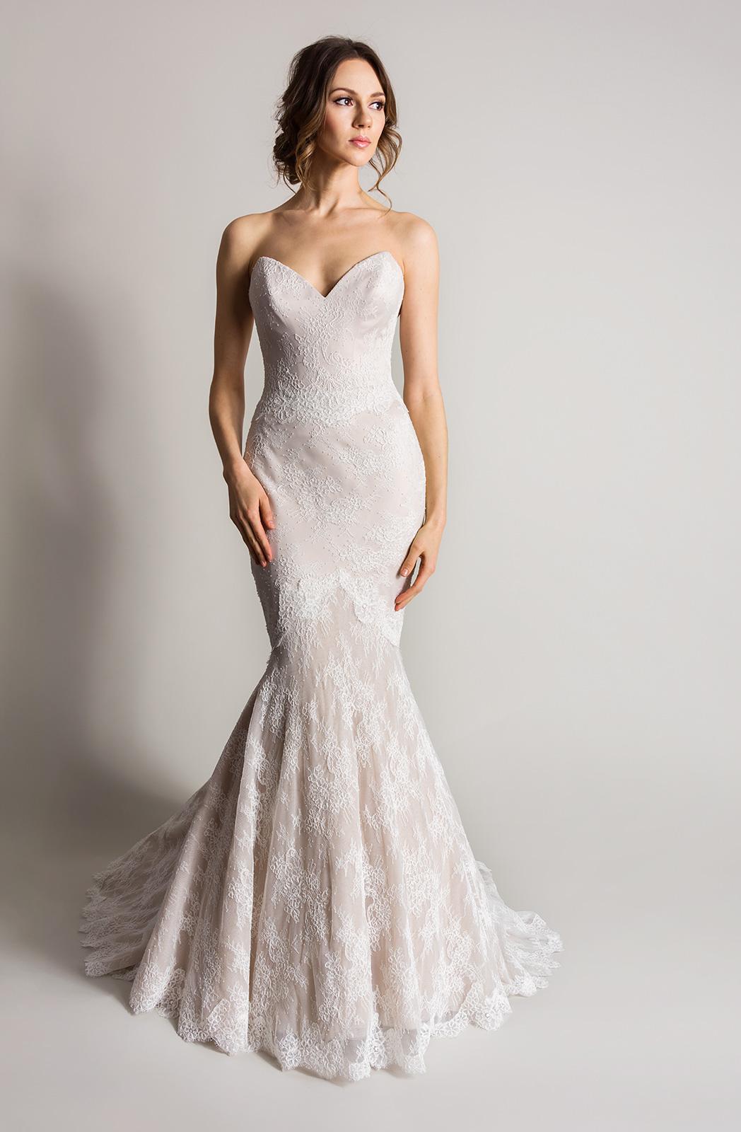 Wedding Dress Sample Sale | Ex Display Off The Peg Wedding Gowns