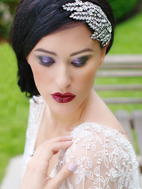 Deeply Glamorous Bride