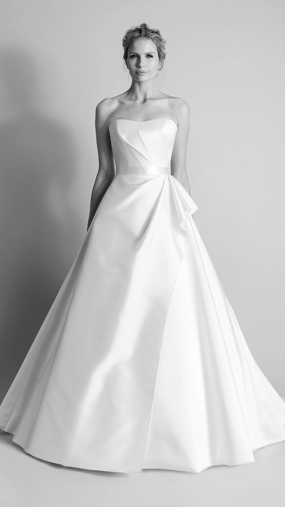 Suzanne Neville Wedding Dresses | Stockists St Albans Hertfordshire